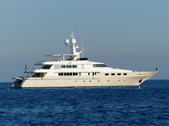 Despedida de soltera en barco en Málaga